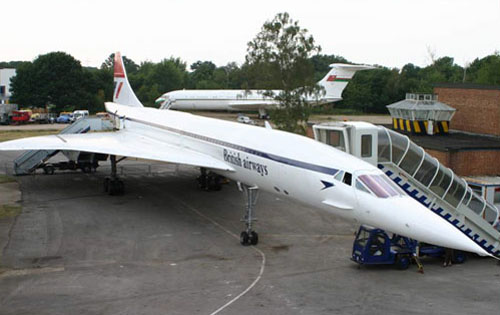 Thanks To A Huge Amount Of Hard Work By An Army Of Volunteers (some Of Whom  Had Been BA Concorde Engineers), It Was Gradually Turned Back Into This: